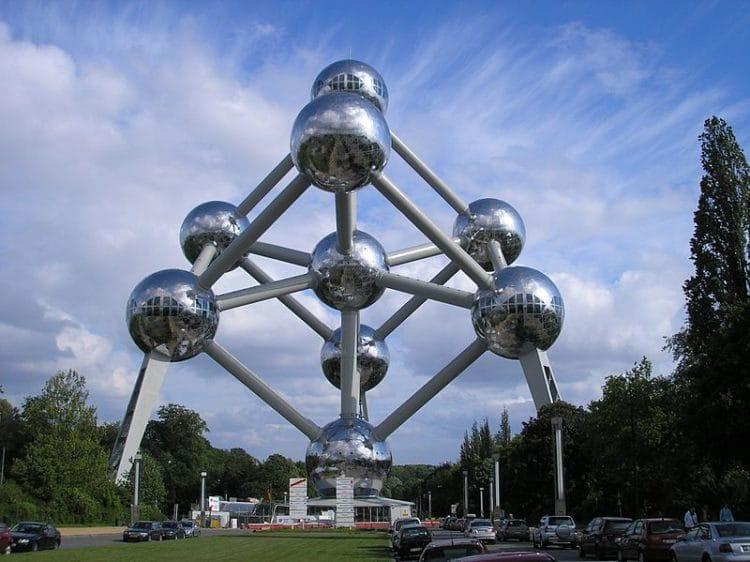 Атомиум в Бельгии