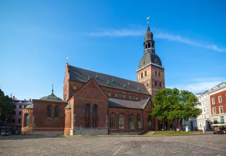 Домский собор в Латвии