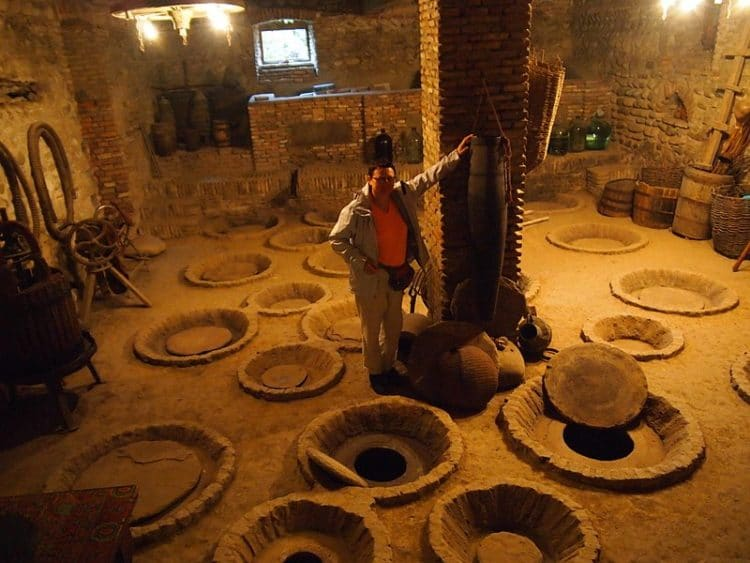 Музей квеври и вина в Грузии