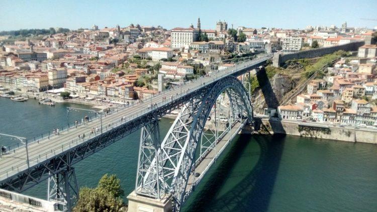 Мост дона Луиша в Португалии