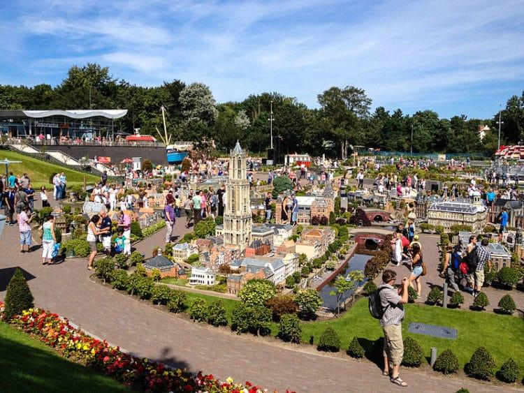 Парк миниатюр Мадюродам в Нидерландах