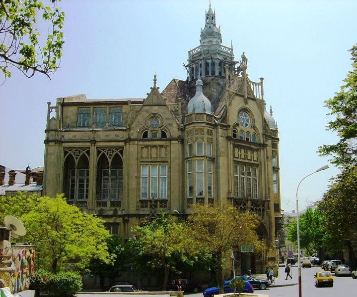 Дворец Мухтарова в Азербайджане