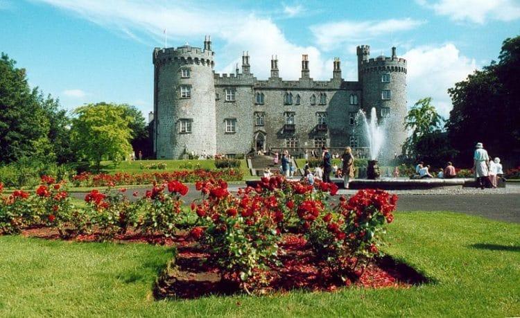 Замок Килкенни в Дубдине