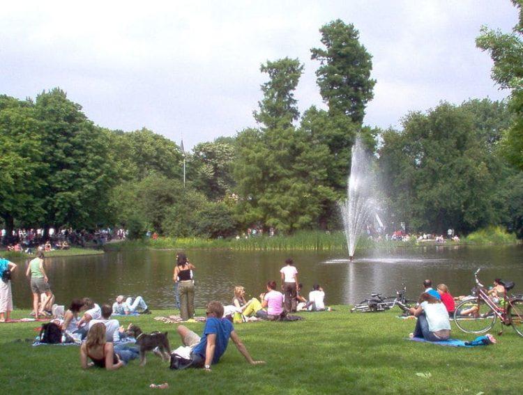 Парк Вондела в Нидерландах