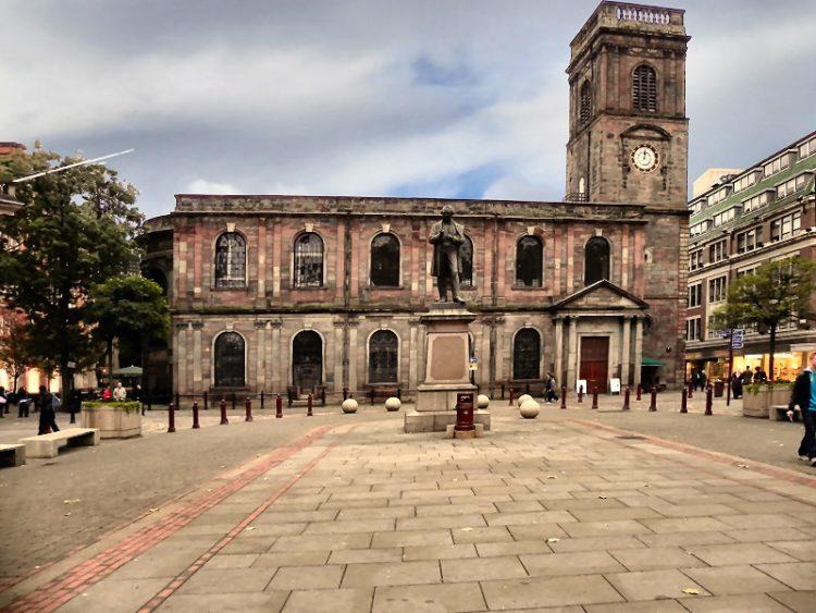 Церковь Святой Анны в Англии