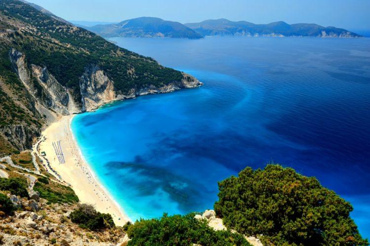 Пляж Миртос в Греции