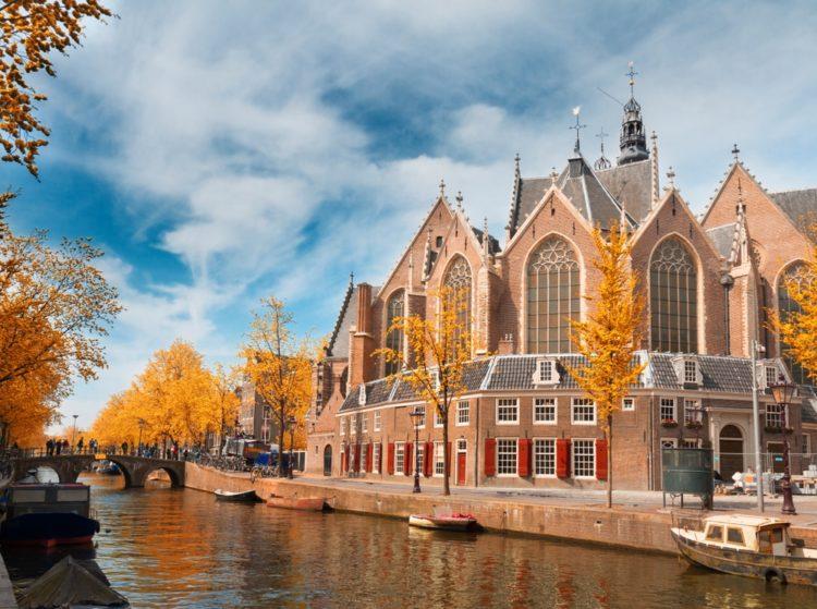 Церковь Аудекерк в Нидерландах