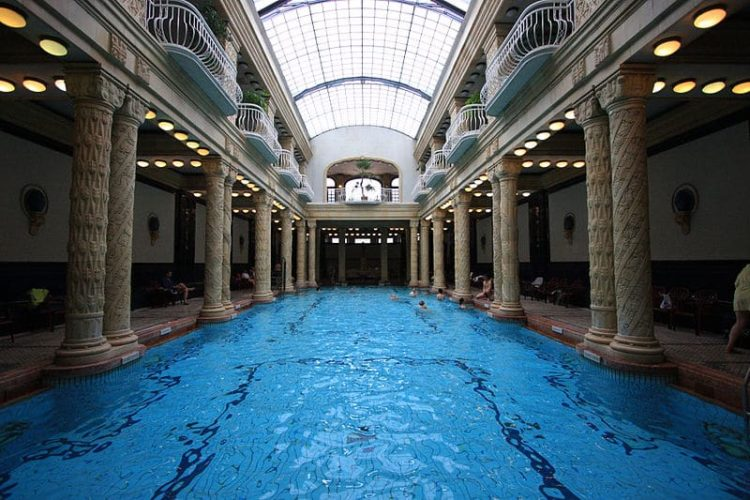 Купальня Геллерт в Венгрии