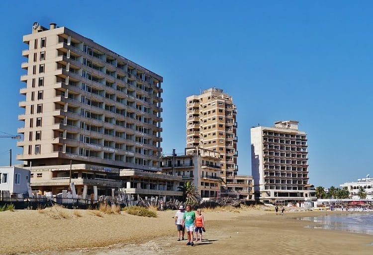 Город-призрак Вароша на Кипре