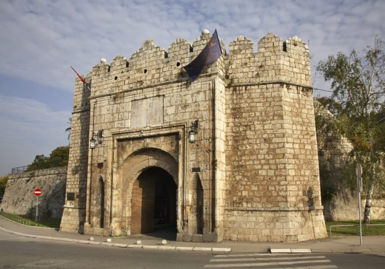 Нишская крепость в Сербии