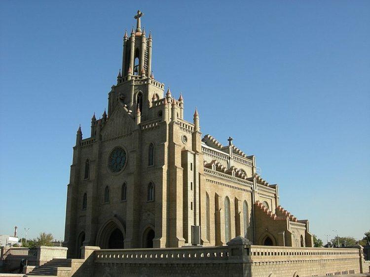 Собор Святейшего Сердца Иисуса в Узбекистане