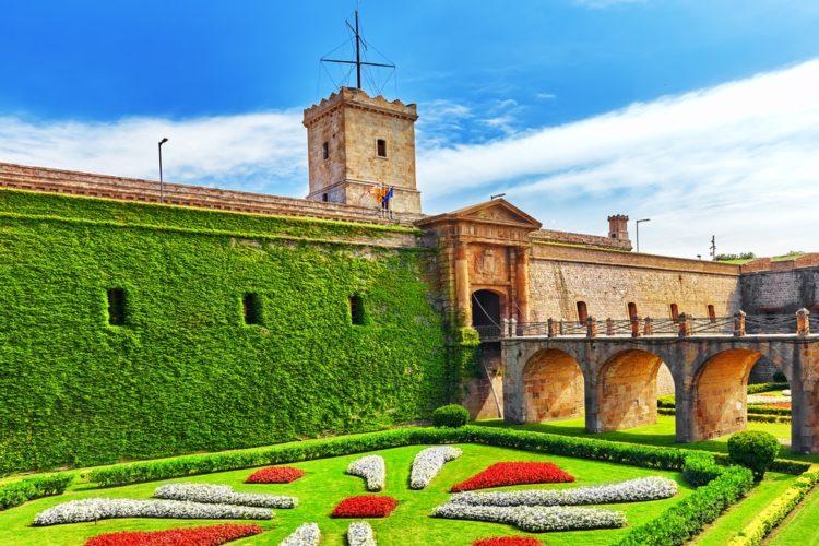 Монжуикская крепость в Испании