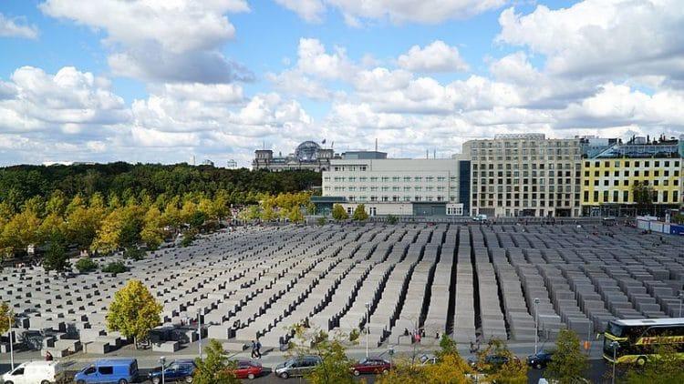 Мемориал жертвам Холокоста в Германии