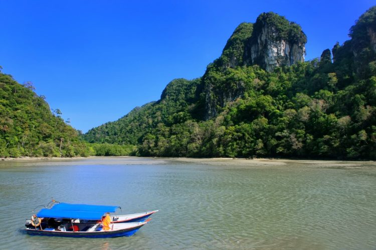 Озеро Беременной Девы в Малайзии