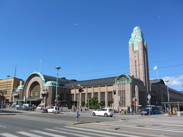 Железнодорожный вокзал Хельсинки в Финляндии
