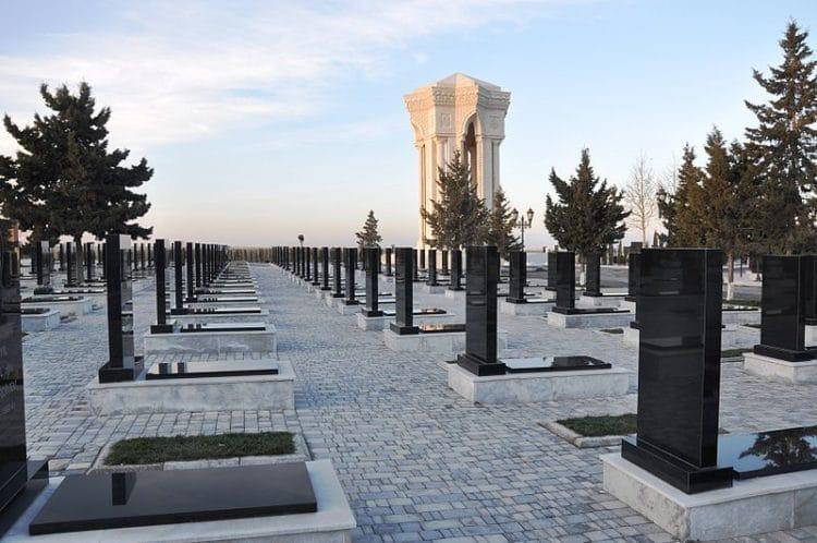 Аллея шахидов в Азербайджане