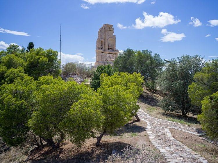Холм Филопаппа в Греции