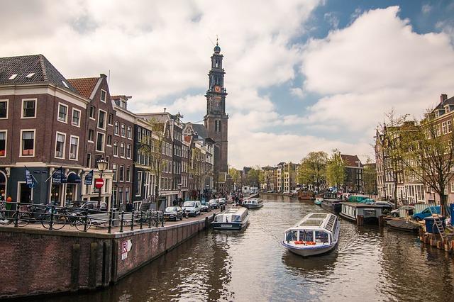 Каналы Амстердама в Нидерландах