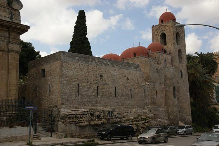 Церковь Святого Иоанна Отшельника - достопримечательности Палермо