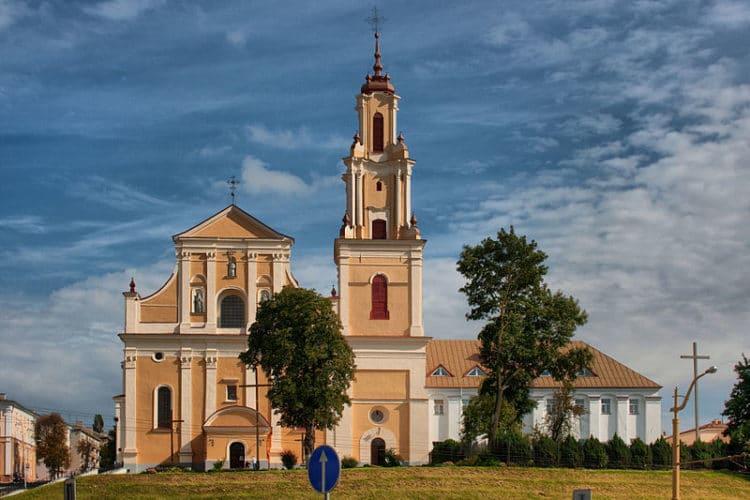 Костёл и монастырь бернардинцев - достопримечательности Гродно