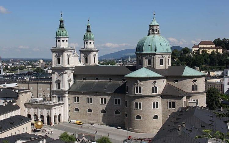 Зальцбургский собор - достопримечательности Звльцбурга
