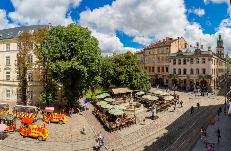 Площадь Рынок - достопримечательности Львова