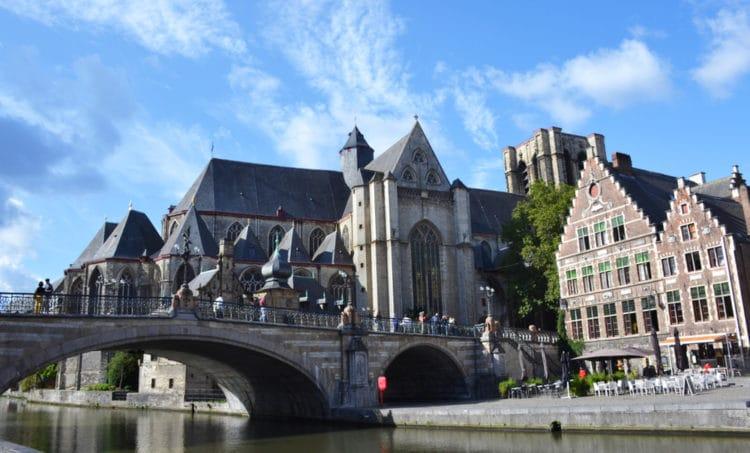 Церковь и мост Святого Михаила - достопримечательности Гента