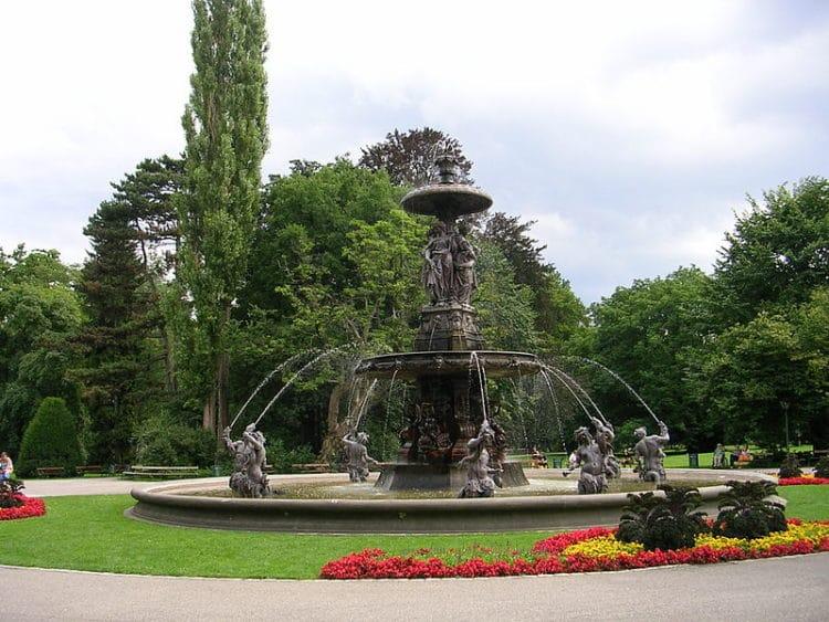 Городской парк - достопримечательности Граца