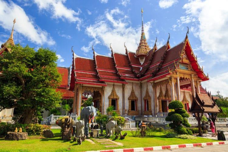 Храм Ват Чалонг - достопримечательности Пхукета