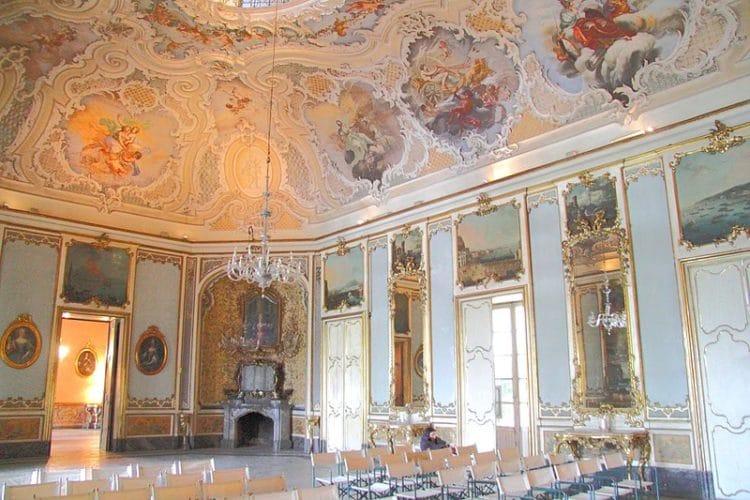 Палаццо Бискари - достопримечательности Катании