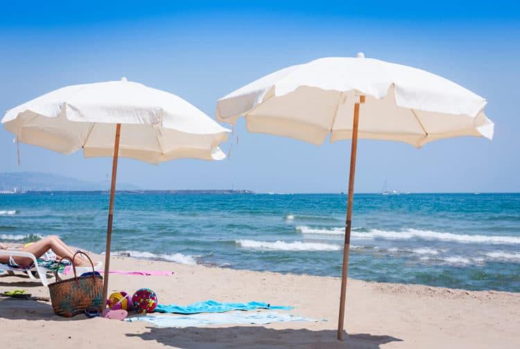 Пляж Лидо Аззурро - достопримечательности Катании
