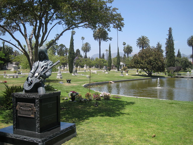 Кладбище Hollywood Forever в США