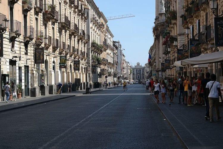Улица Виа Этнеа - достопримечательности Катании
