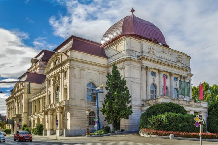 Оперный театр - достопримечательности Граца