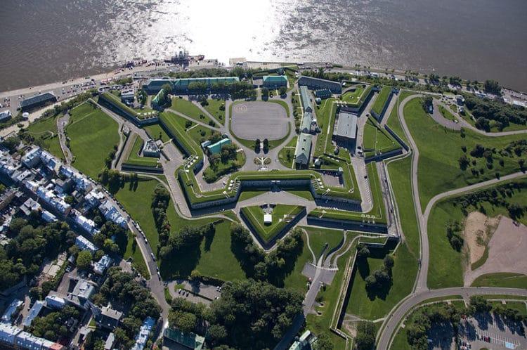 Квебекская крепость - достопримечательности Квебека