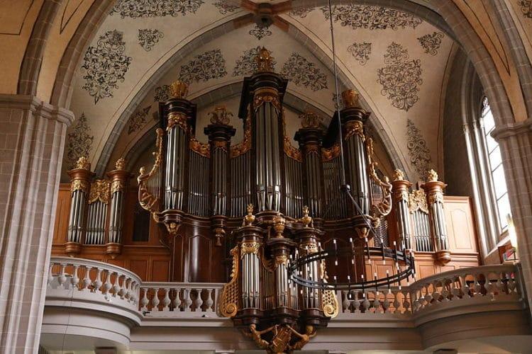 Церковь Святого Франциска - достопримечательности Лозанны
