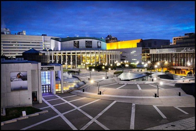Площадь искусств - достопримечательности Монреаля