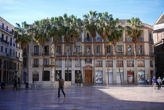 Площадь Конституции - достопримечательности Малаги