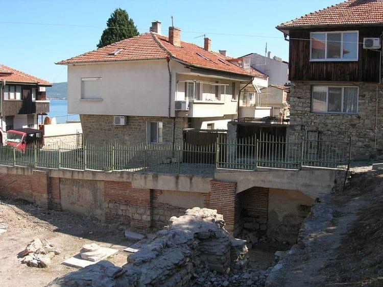 Византийские термы - достопримечательности Несебра