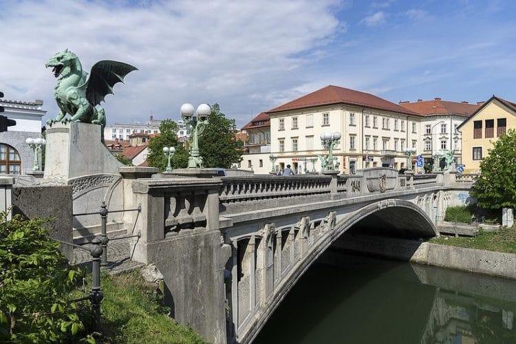 Мост Драконов - достопримечательности Любляны