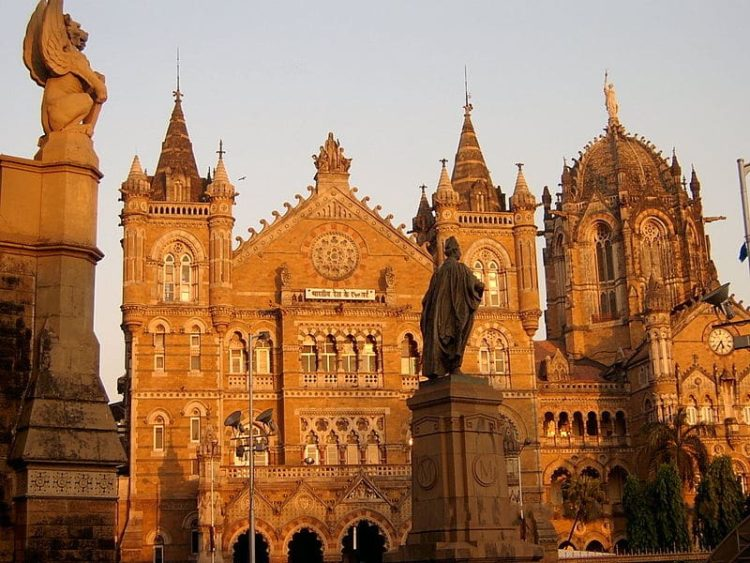 Вокзал Чхатрапати Шиваджи в Индии