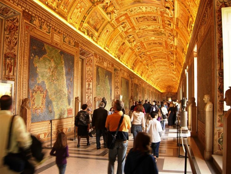 Галерея географических карт в Ватикане