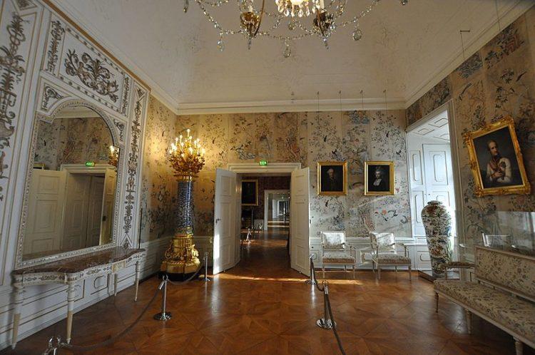 Достопримечательности Венгрии - Дворец Эстерхази